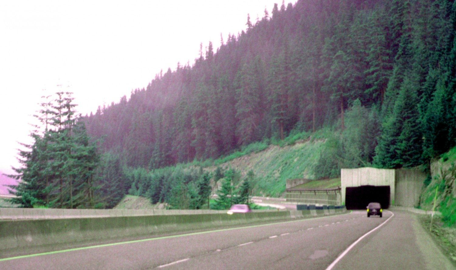 Snoqualmie_Pass_i-90_Rock_Blasting